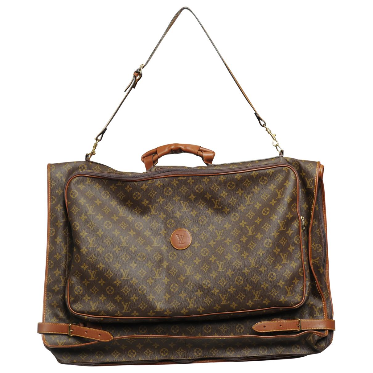 Louis Vuitton \N Reisen Braun