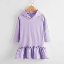 Sweatshirt Kleid mit Rueschenbesatz und Kapuze