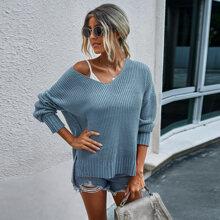 Strick einfarbiger Pullover mit sehr tief angesetzter Schulterpartie