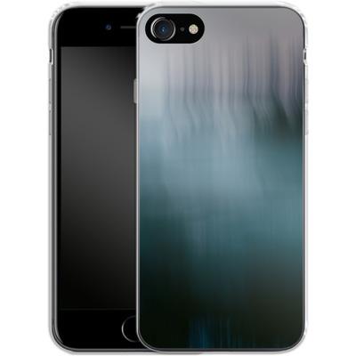 Apple iPhone 7 Silikon Handyhuelle - Twilight Sea Abstract von Joy StClaire