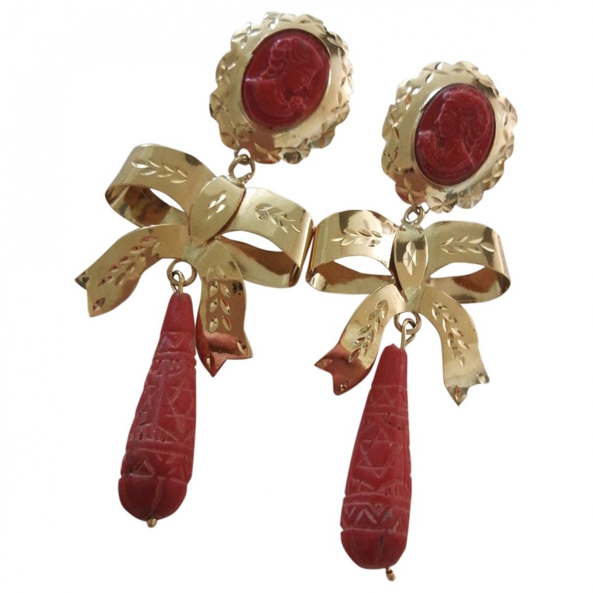 Non Signé / Unsigned Corail Gold Yellow gold Earrings for Women \N
