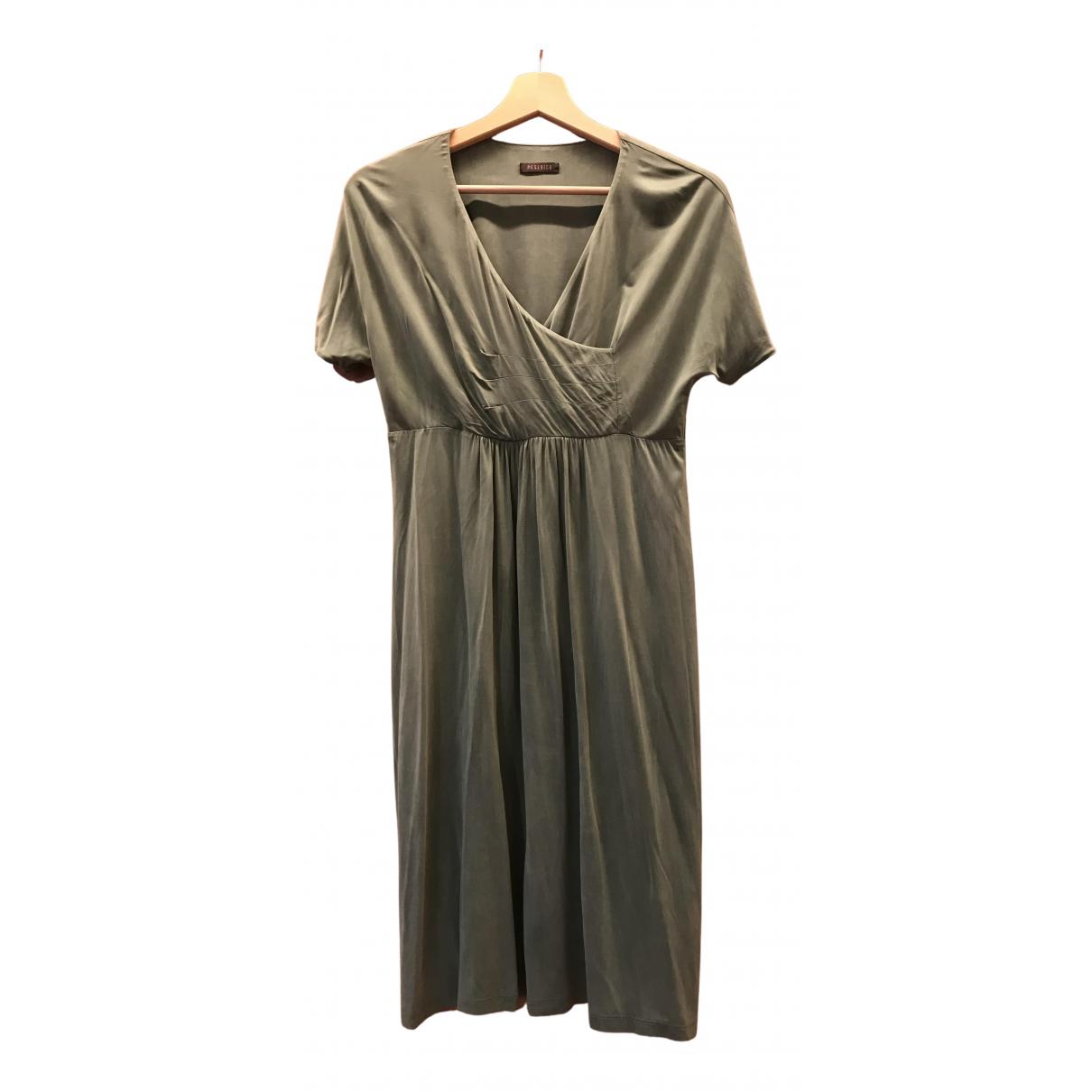 Peserico \N Kleid in  Gruen Synthetik