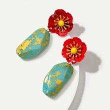 Tropfenohrringe mit Blumen Dekor und Tuerkis 1 Paar