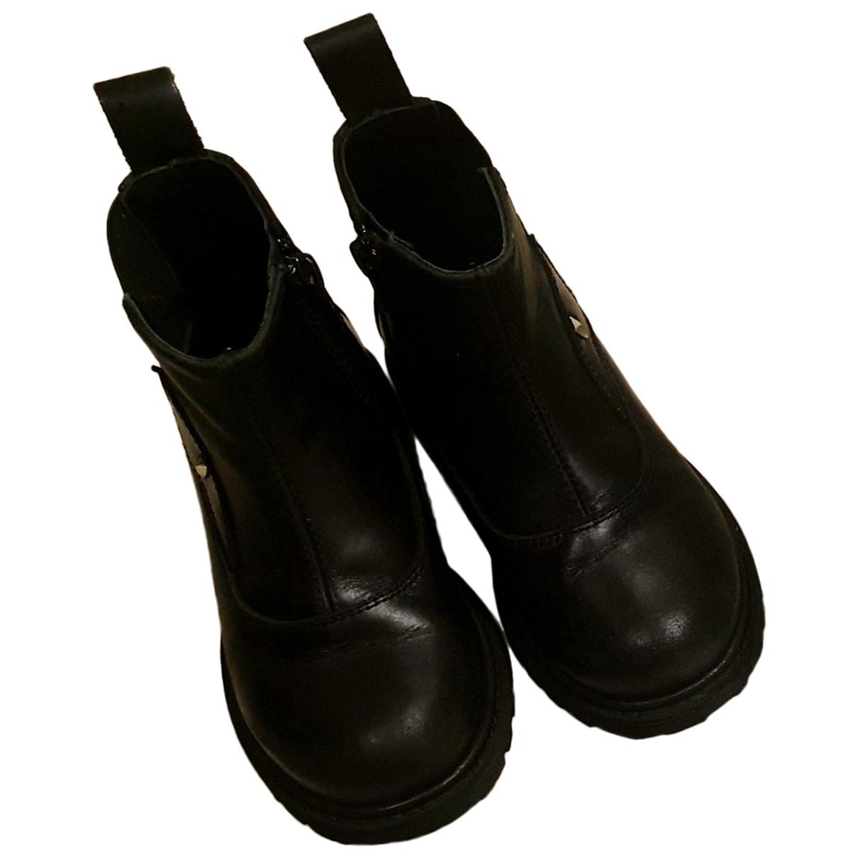 Prada - Bottes.Bottines   pour enfant en cuir - noir