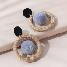 Ohrringe mit Pompons Anhaenger