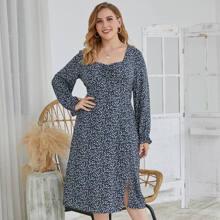 A-Linie Kleid mit Bluemchen Muster und Herzen Kragen
