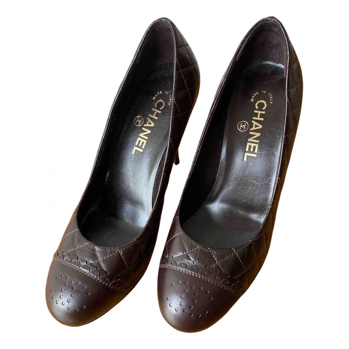 Chanel - Escarpins   pour femme en cuir - marron