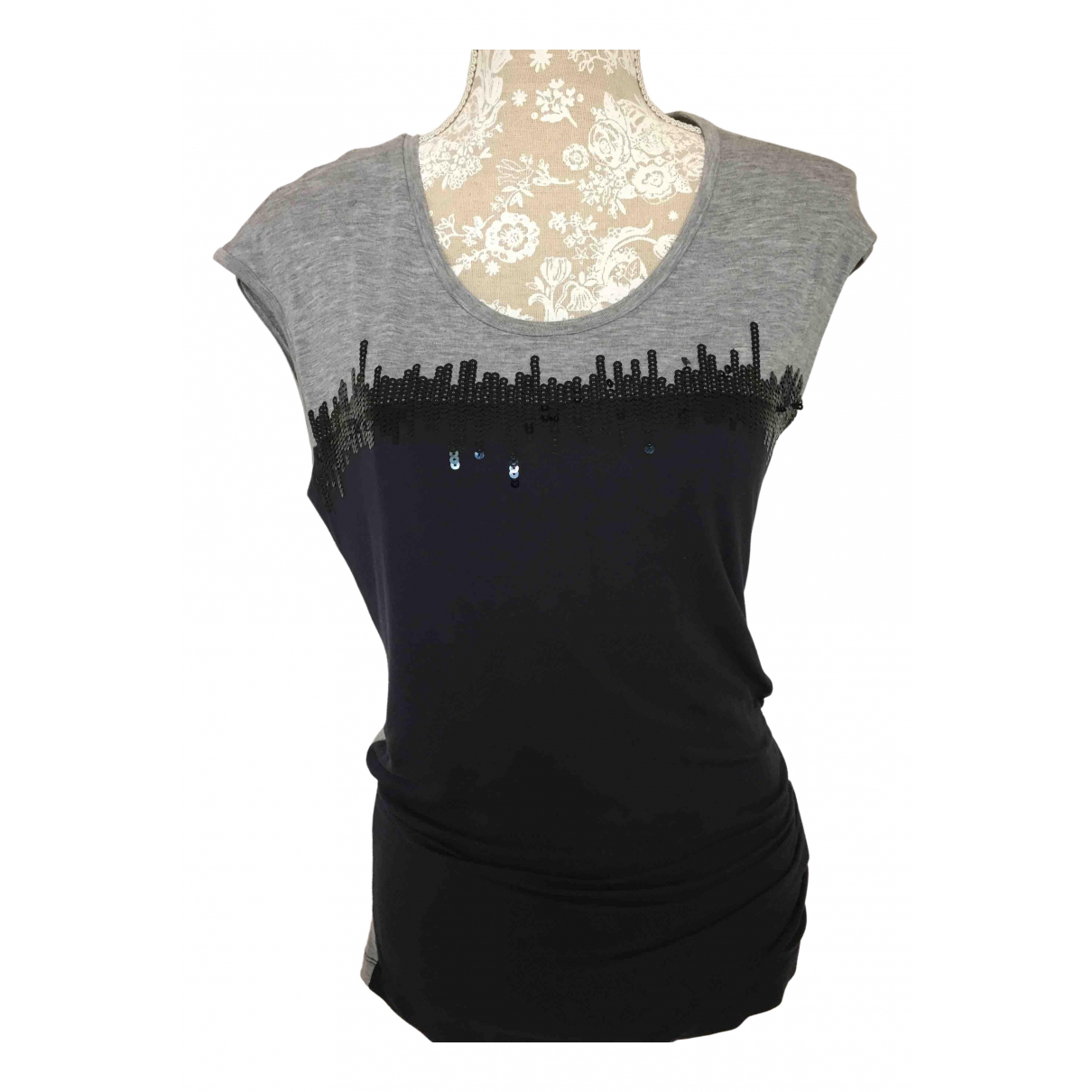 Armani Jeans \N Blue  top for Women XS International