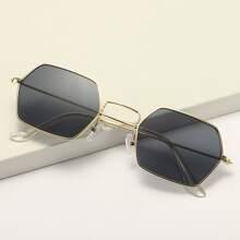 Sonnenbrille mit Hexagon Metall Rahmen und Etui