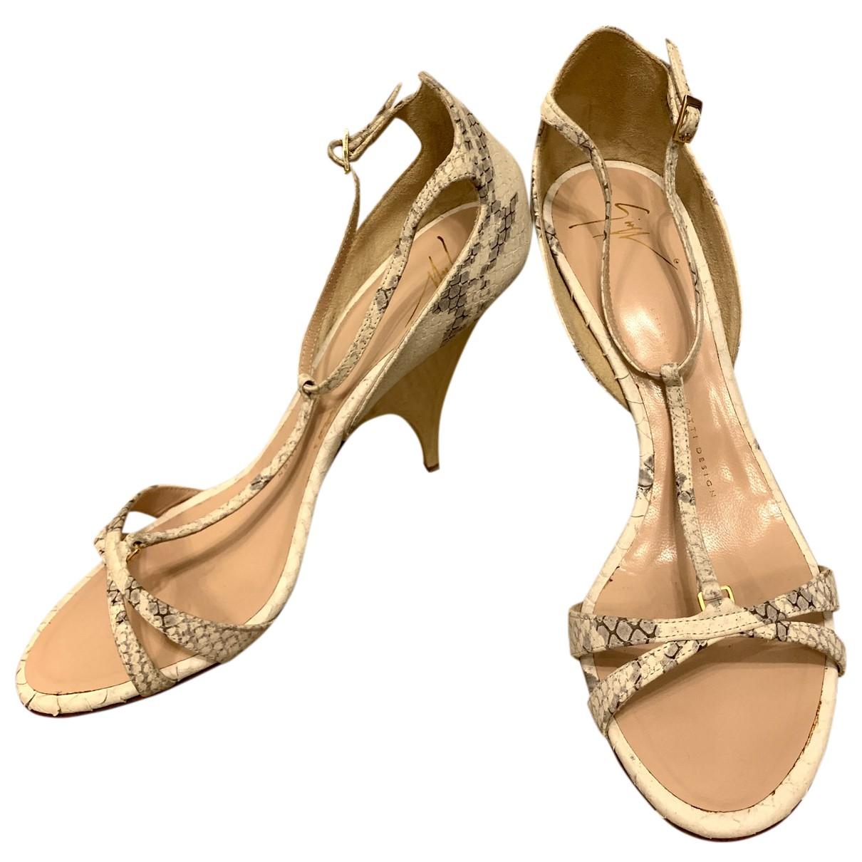 Giuseppe Zanotti - Sandales   pour femme en cuir - beige