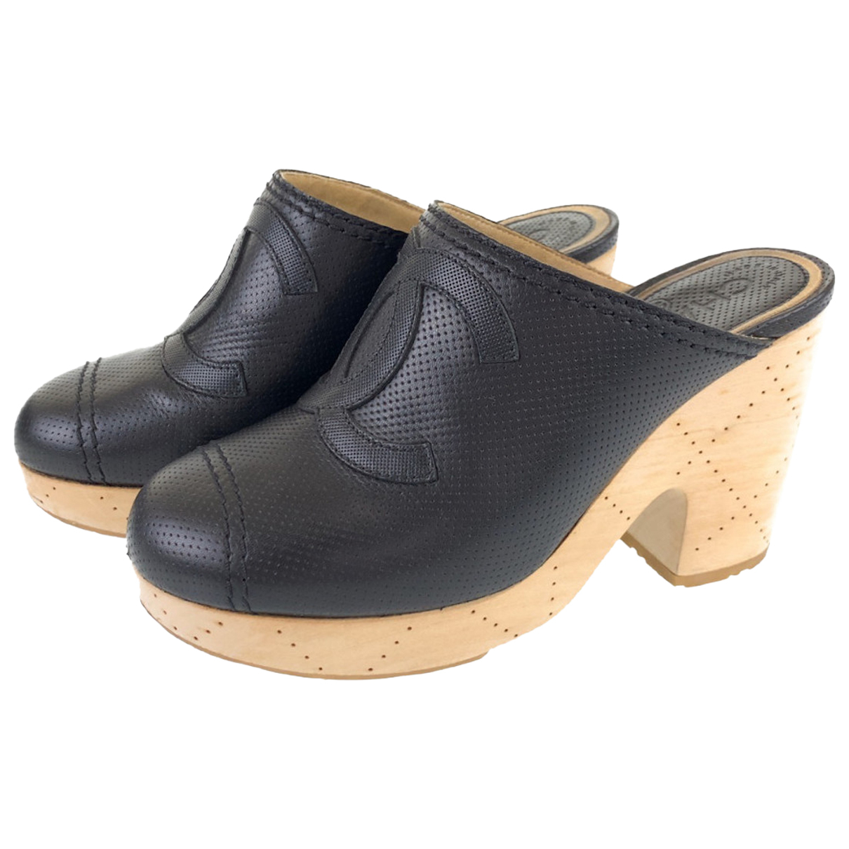 Chanel N Leather Sandals for Women 38.5 EU