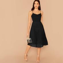 Cami Kleid mit Bogenkante und Falten