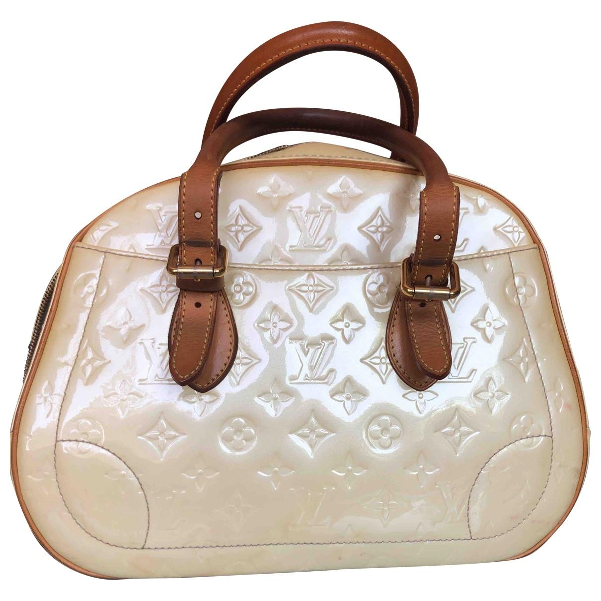 Louis Vuitton \N Ecru Patent leather handbag for Women \N
