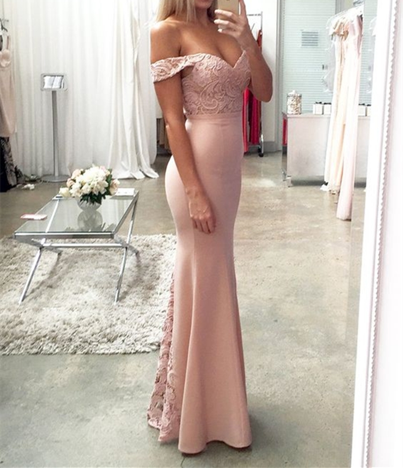 Lace Trumpet/Mermaid Off-The-Shoulder Evening Dress
