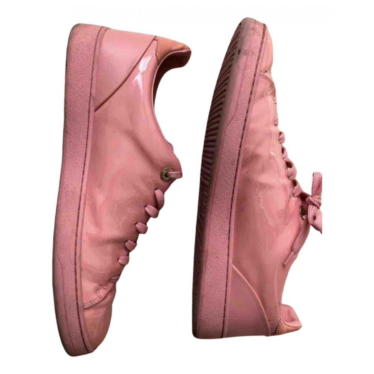 Louis Vuitton \N Sneakers in  Rosa Lackleder