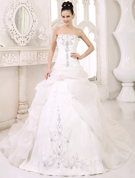 Milanoo Elegant Ball Gown Chapel Train Ivory Bridal Wedding Gown with Strapless Pleated Satin