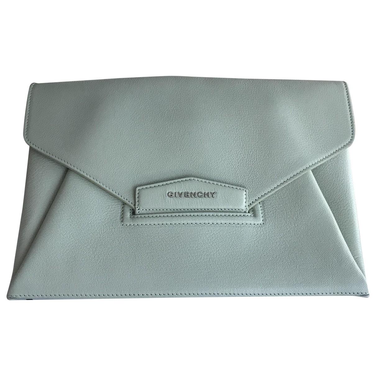 Pochette Antigona de Cuero Givenchy