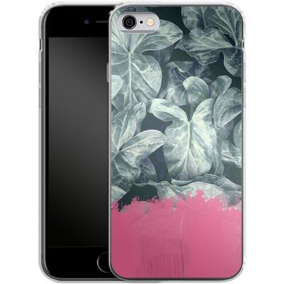 Apple iPhone 6 Silikon Handyhuelle - Sweet Pink on Jungle von Emanuela Carratoni