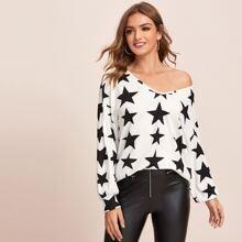 Camiseta de hombros caidos con patron de estrella
