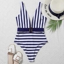 Einteiliger Badeanzug mit Streifen, Schnalle Detail und Guertel