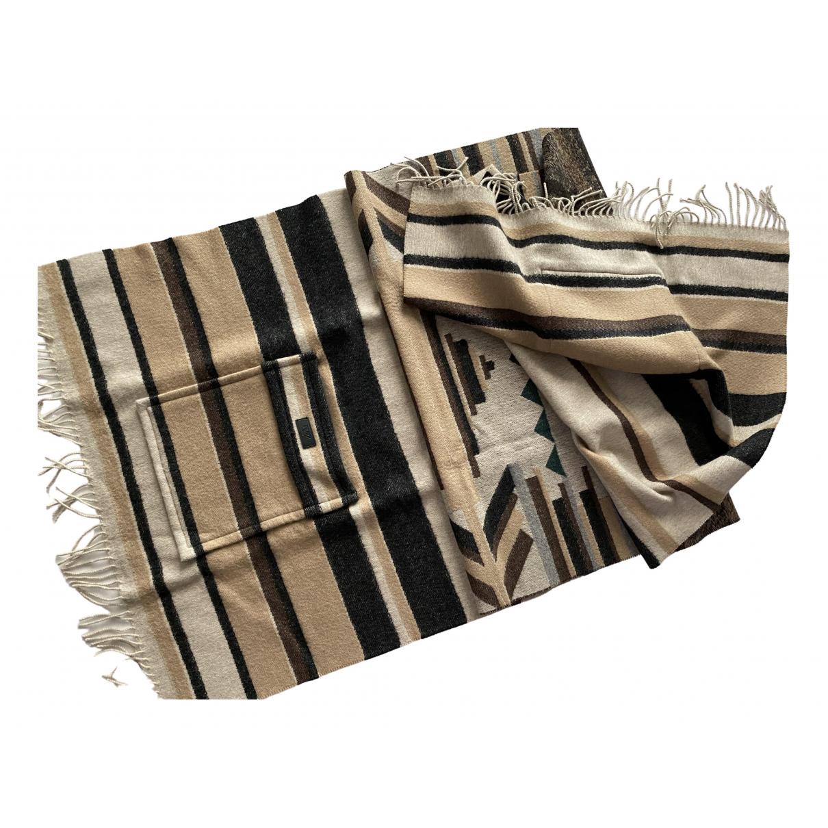 Pañuelo / bufanda de Cachemira Fendi