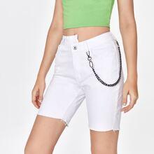 Denim Shorts mit Kette Detail und asymmetrischer Taille