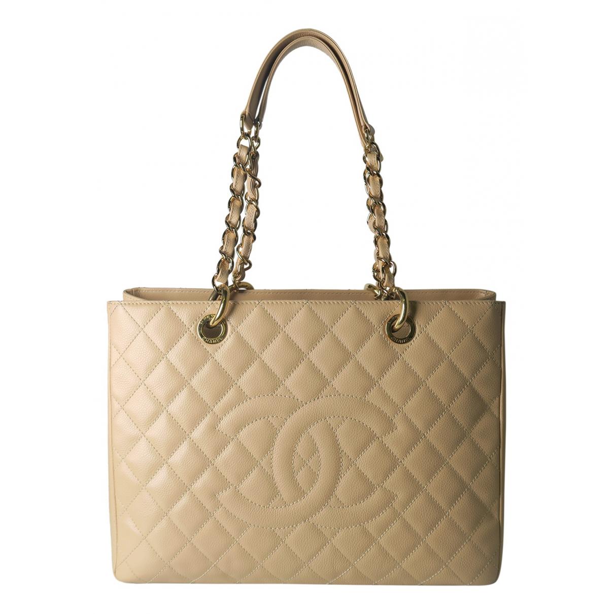Chanel Grand shopping Handtasche in  Beige Leder