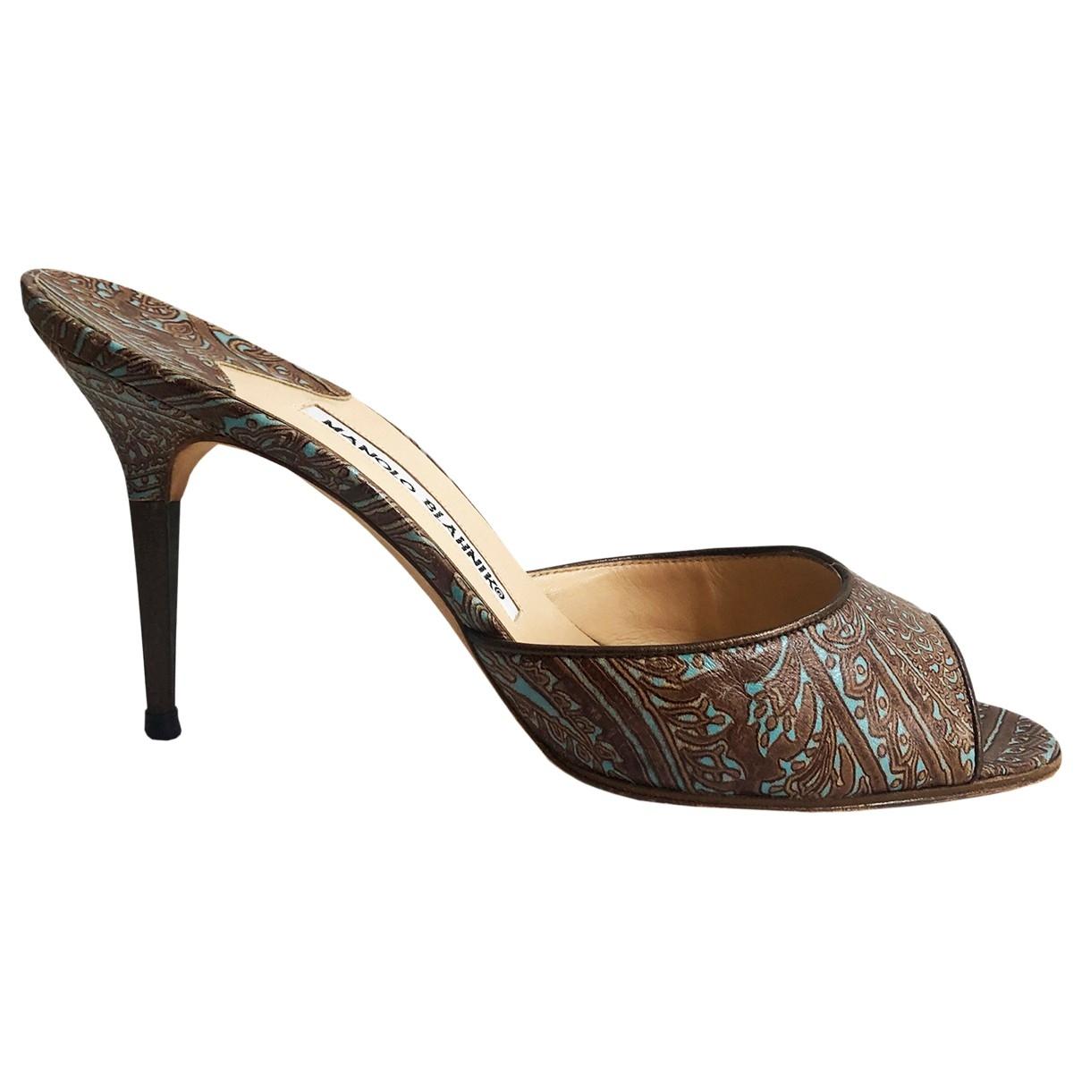 Manolo Blahnik - Sandales   pour femme en cuir - marron