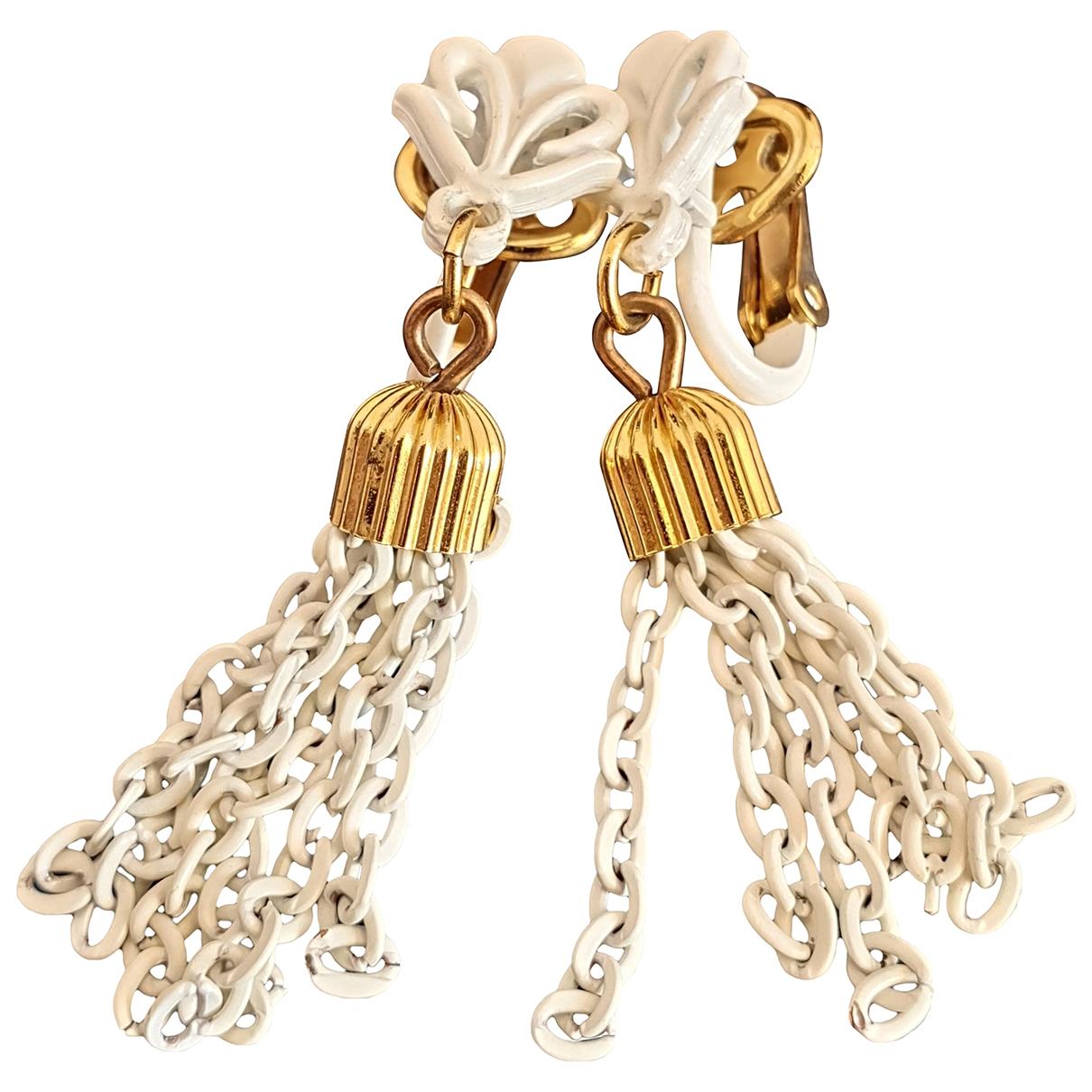Trifari \N White Metal Earrings for Women \N