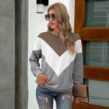 Sweatshirt mit Chevron Muster und Farbblock