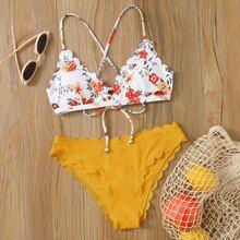 Bañador bikini de espalda con cordon ribete en abanico floral