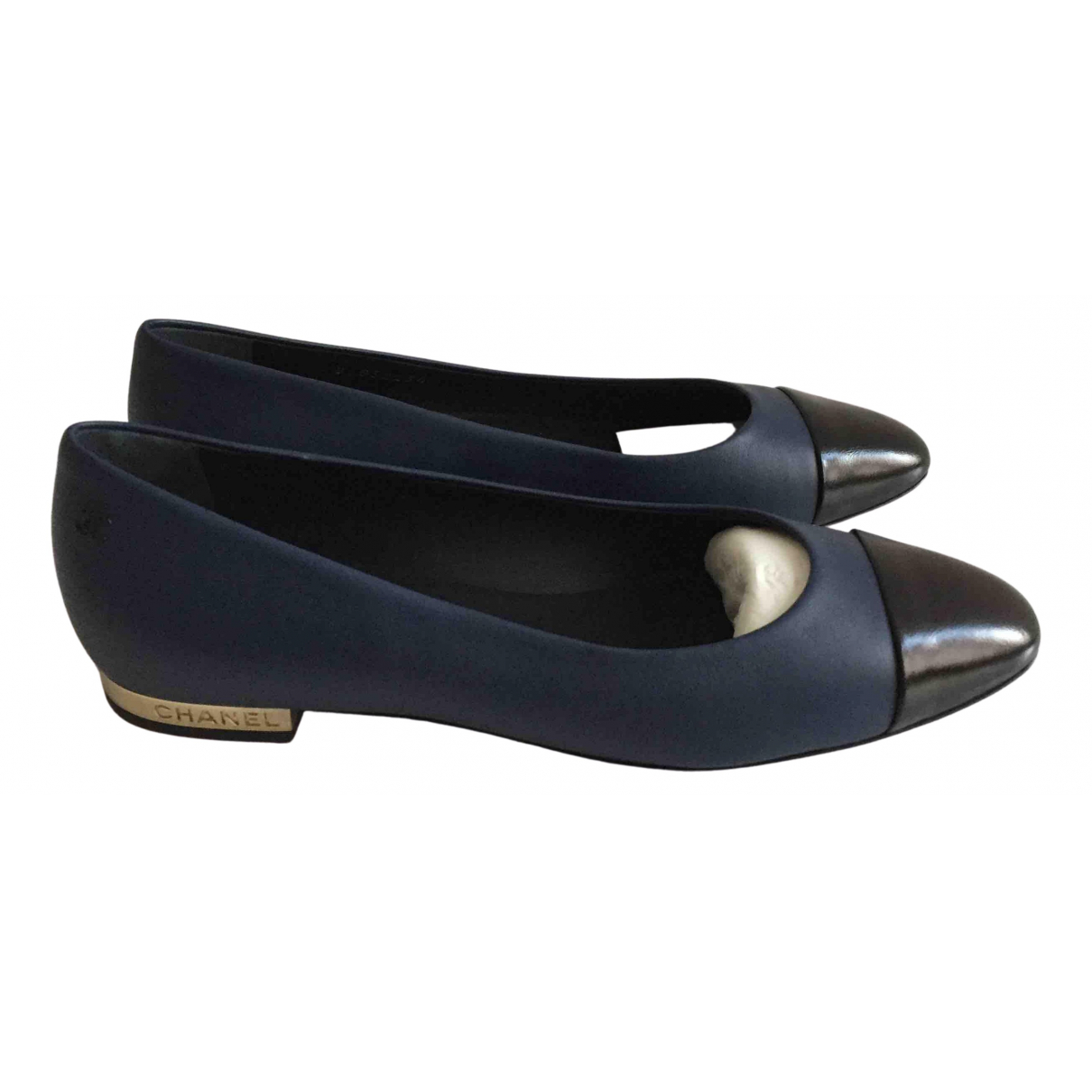 Chanel N Navy Leather Ballet flats for Women 38 EU