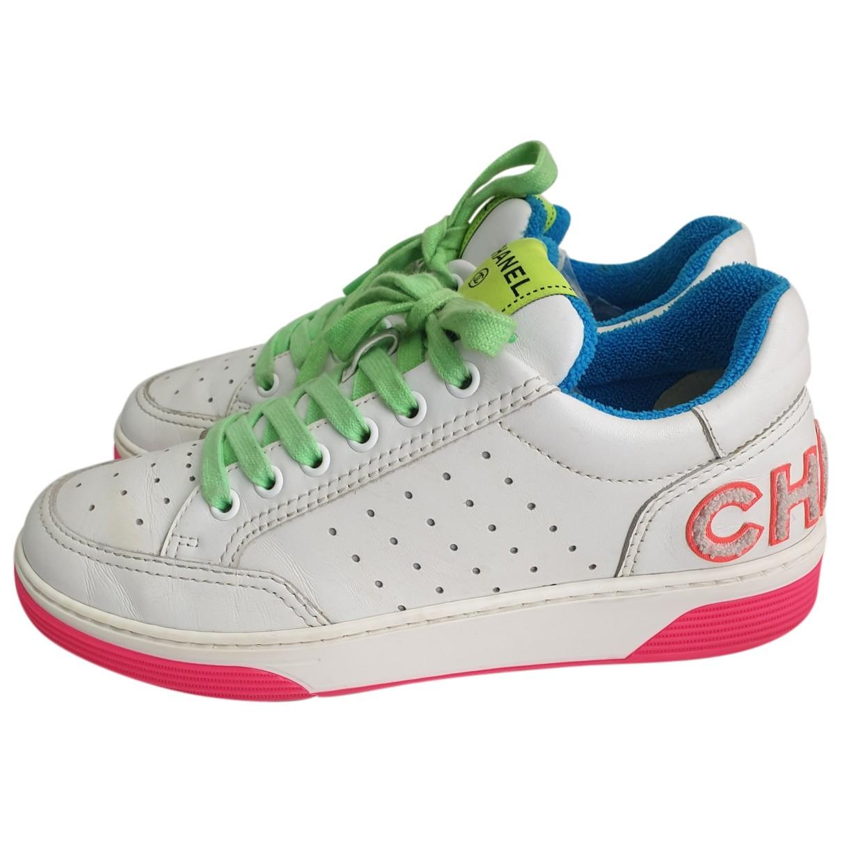 Chanel - Baskets   pour femme en cuir - blanc
