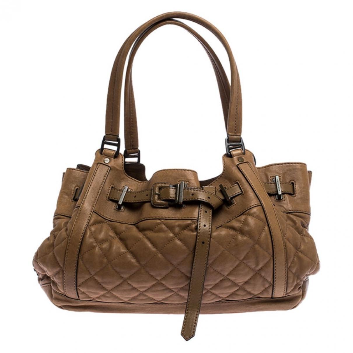 Burberry \N Handtasche in  Braun Leder