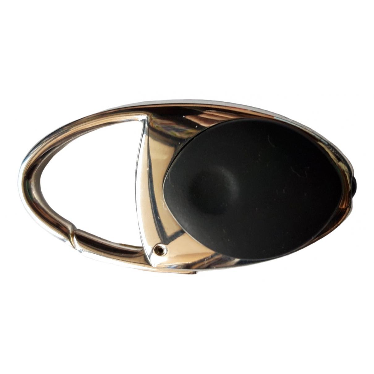 Non Signe / Unsigned \N Kleinlederwaren in  Silber Metall