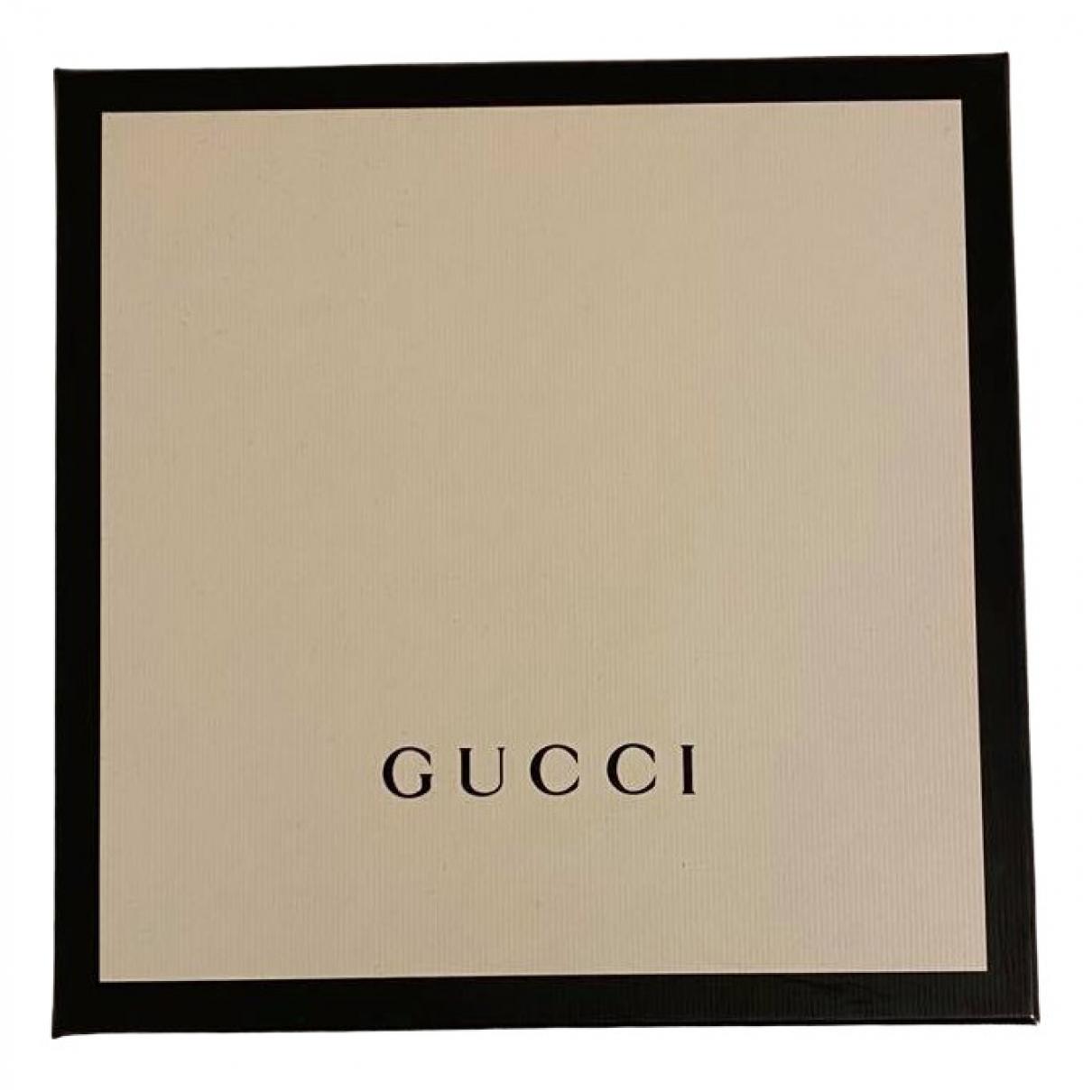 Objeto de decoracion Gucci