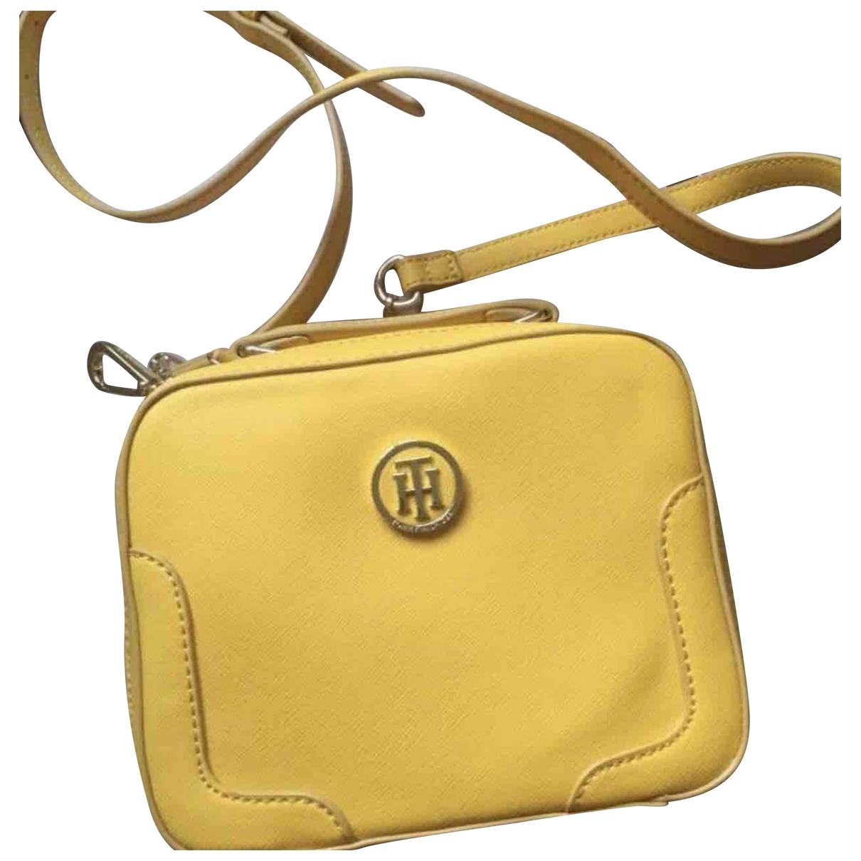 Tommy Hilfiger \N Handtasche in  Gelb Leder