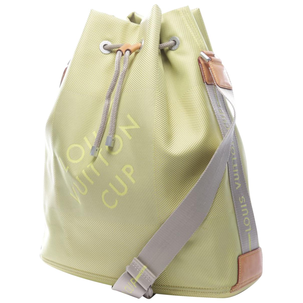 Louis Vuitton \N Green Cloth handbag for Women \N