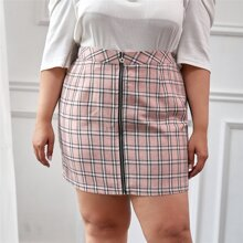 Plus Plaid Zipper Front Straight Skirt