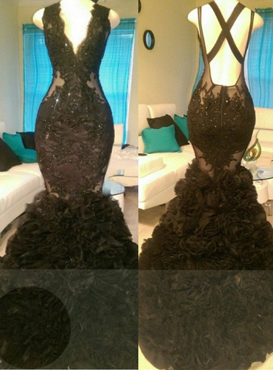 Wundersch?ne schwarze Meerjungfrau V-Ausschnitt Tuell Applikationen Open-Back Prom Dress