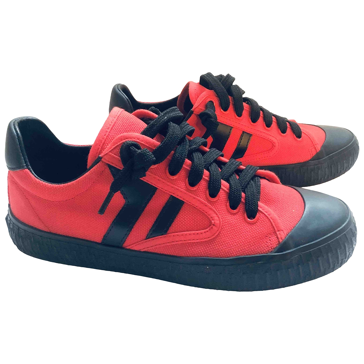 Celine \N Red Cloth Trainers for Women 37 EU