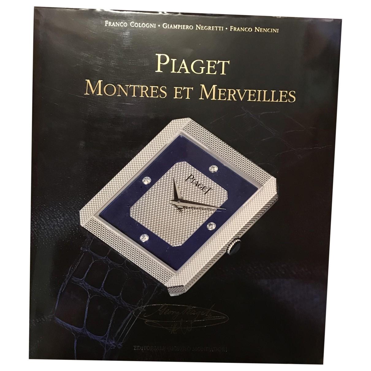 Piaget - Mode   pour lifestyle en bois - bleu