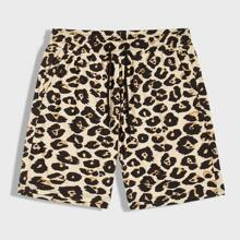 Maenner Shorts mit Leopard Muster und Kordelzug um die Taille