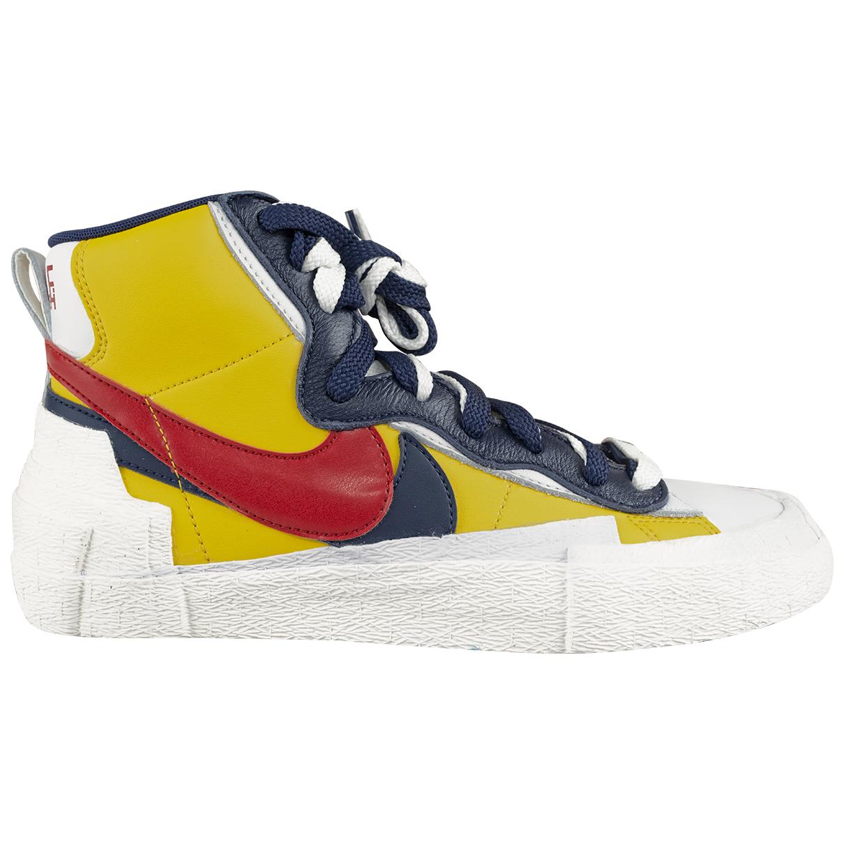 Nike X Sacai - Baskets Blazer Mid pour femme en cuir - jaune