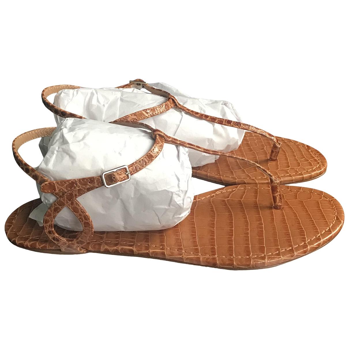 Sandalias romanas de Cuero Aquazzura
