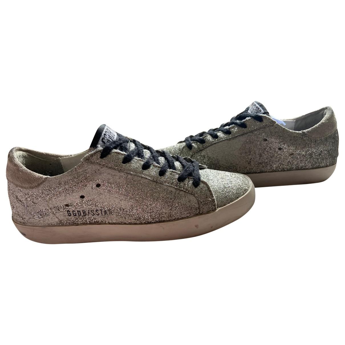 Golden Goose Superstar Sneakers in  Silber Mit Pailletten