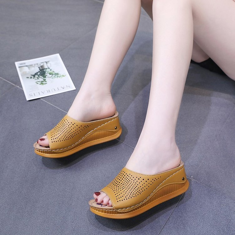 Women Comfy Breathable Hollow Peep Toe Platform Sandals