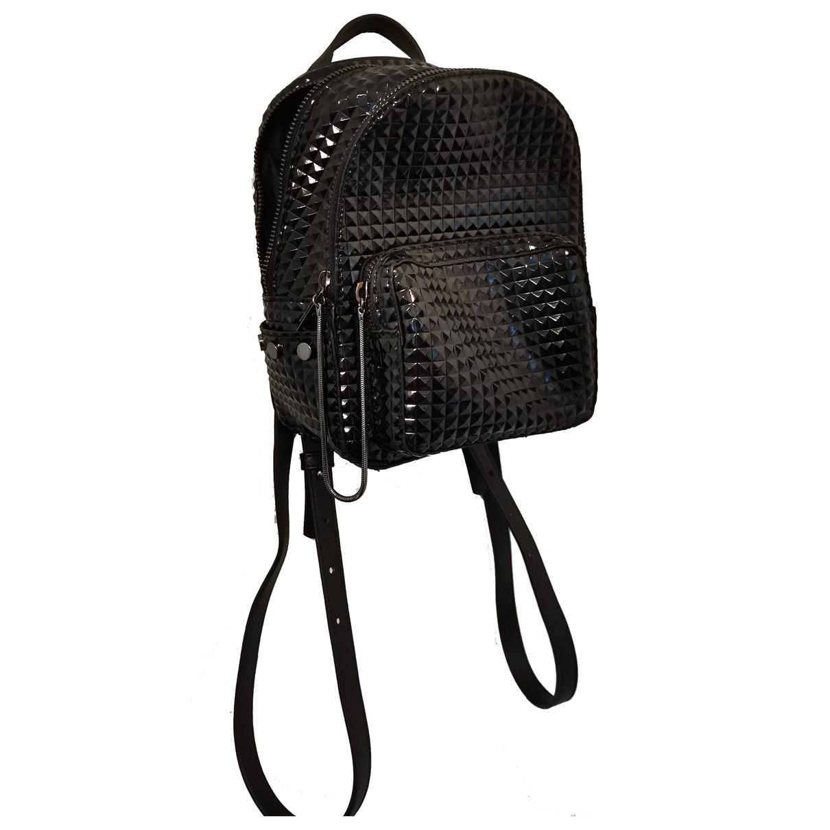 Juicy Couture - Sac a dos   pour femme en cuir verni - noir