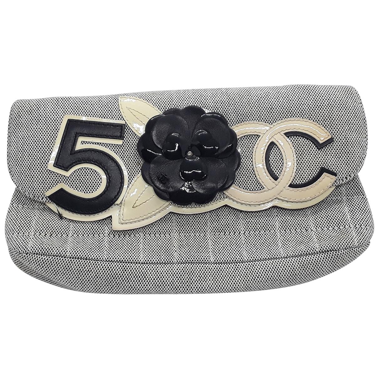 Chanel \N Grey Cloth handbag for Women \N