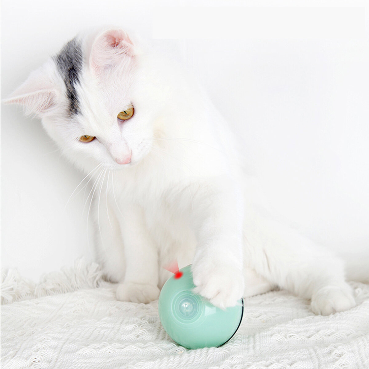 Cat Toy USB Cat Laser Toy Pet Supplies New LED Flash Rolling Ball Cat Toy Glowing Ball